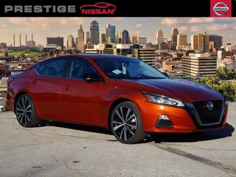 New 2020 Nissan Altima 2.0 SR FWD 4D Sedan