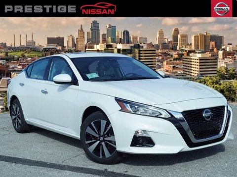 New 2019 Nissan Altima 2.5 SV AWD 4D Sedan